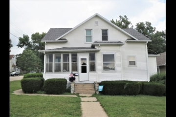 Duplex or Single Family in Nice Location!