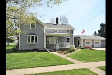 Great 3BR 2BA in Franklin Grove!