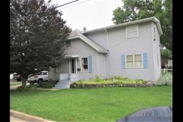 Spacious Home on Double Lot in NE Dixon!